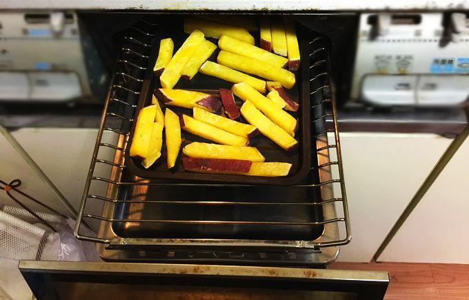 グリル専用焼き魚トレーで焼き芋