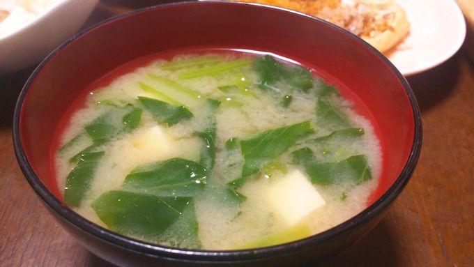 パルシステムのはじめてセット 産直野菜セットの小松菜の味噌汁
