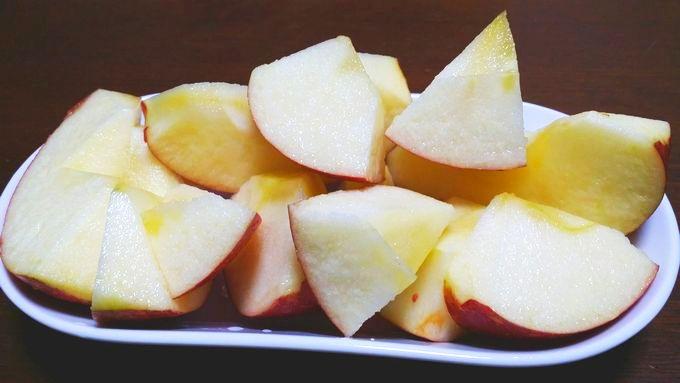 オイシックスの小玉リンゴは子供が食べやすいサイズにカット